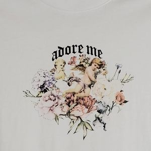 Forever 21 white Adore Me graphic tee sz: S